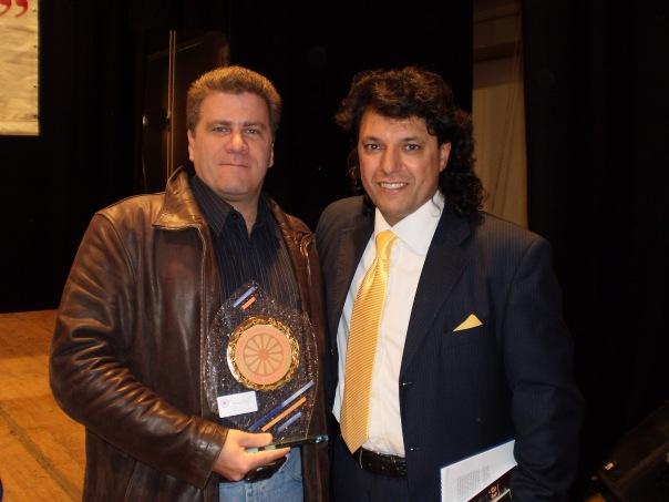 Guy avec mon trophée